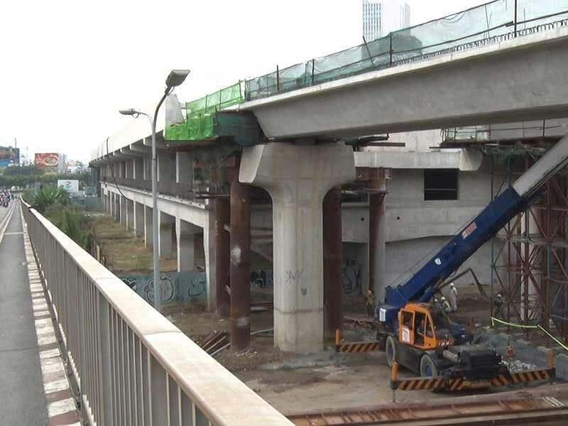 Quốc hội, Chính phủ và TP.HCM đang tháo gỡ để đẩy nhanh tiến độ dự án metro số 1